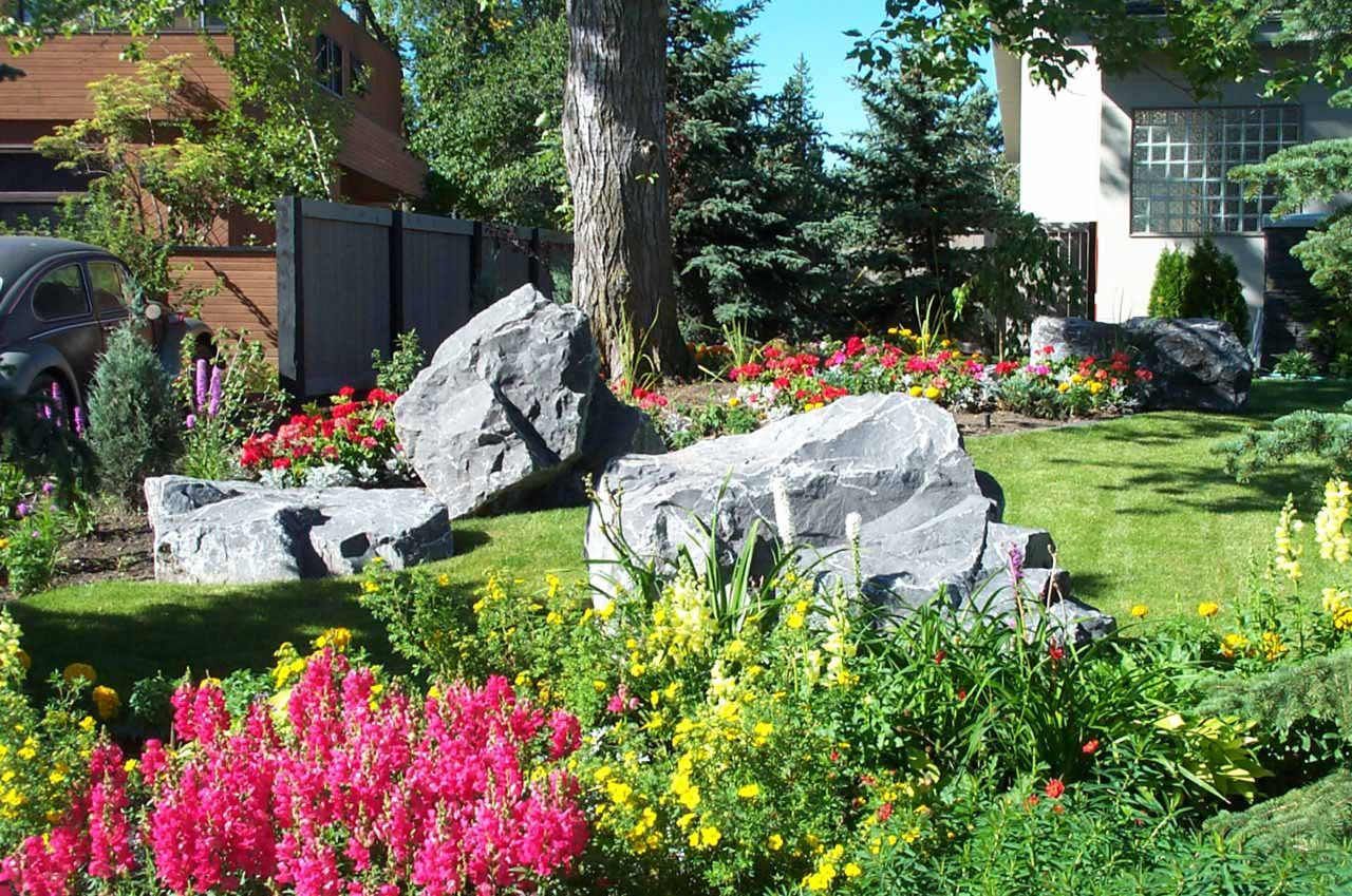 Large boulders salisbury landscaping for Landscaping rocks merced ca