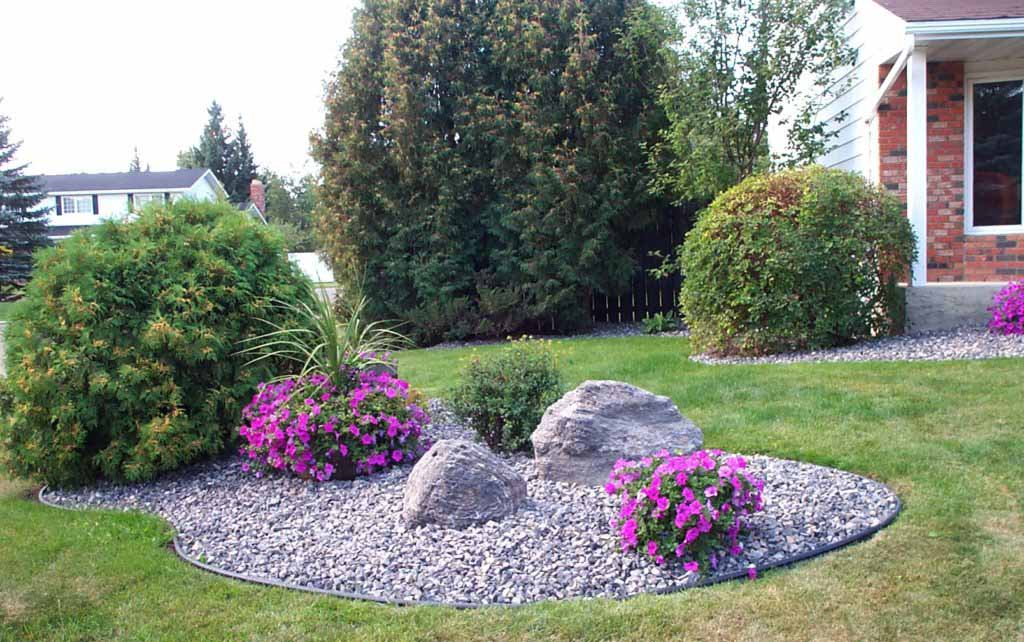 Boulders in Landscaping
