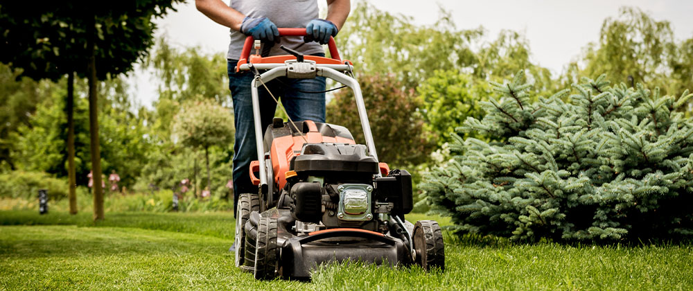 Salisbury Landscaping mowing the lawn