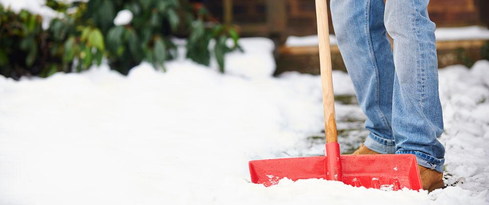 Salisbury Landscaping shovelling snow